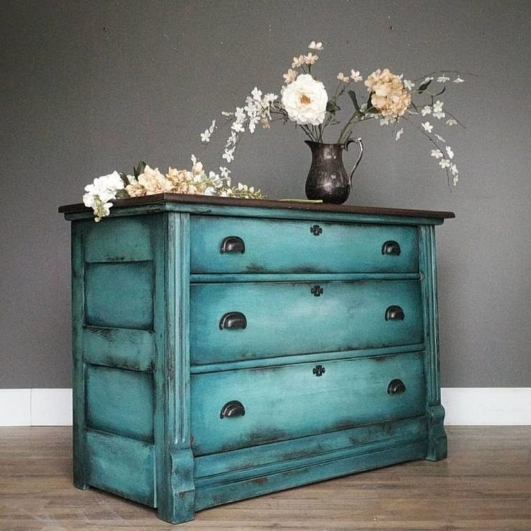 Awesome-Distressed-Furniture-Ideas16
