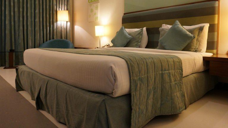 Jaké barvy se hodí pro výmalbu ložnice?