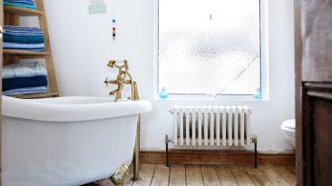 Retro koupelny mají styl, aneb vzhůru do časů noblesní secese
