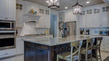 Světlo v kuchyni, aneb jak vyřešit osvětlení kuchyňské linky?