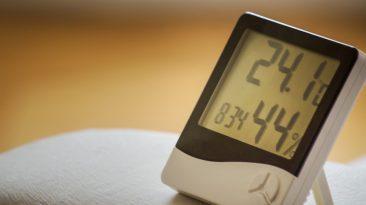Základem zdravého bydlení je optimální vlhkost vzduchu. Jak se vyvarovat nežádoucím hodnotám?