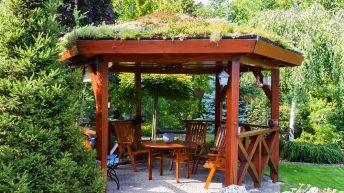 Pergola či altán jako oáza klidu na vaší zahradě