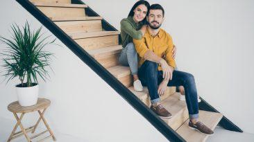 Jak ze schodiště udělat šperk, který posune interiér na jiný level