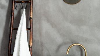 Sušák na ručníky vyrobíte ze starého žebříku raz dva