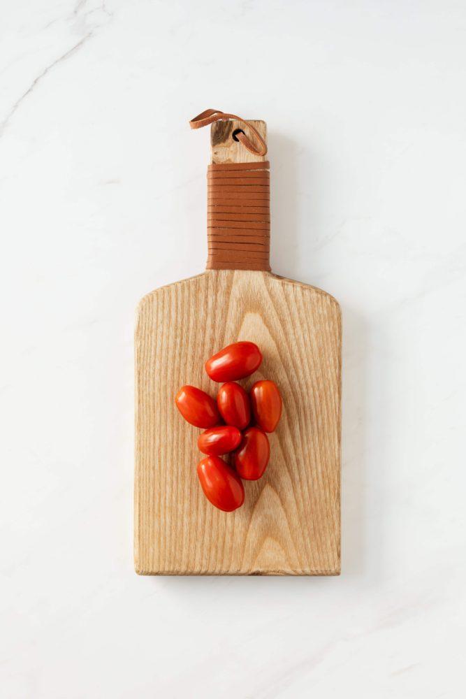 Co pomůže na zápach linoucí se z dřevěného prkénka?